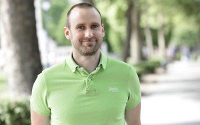 """""""Soha többé nem mászom villanyoszlopra"""" – Andó Botár, a PROGmasters mentora"""