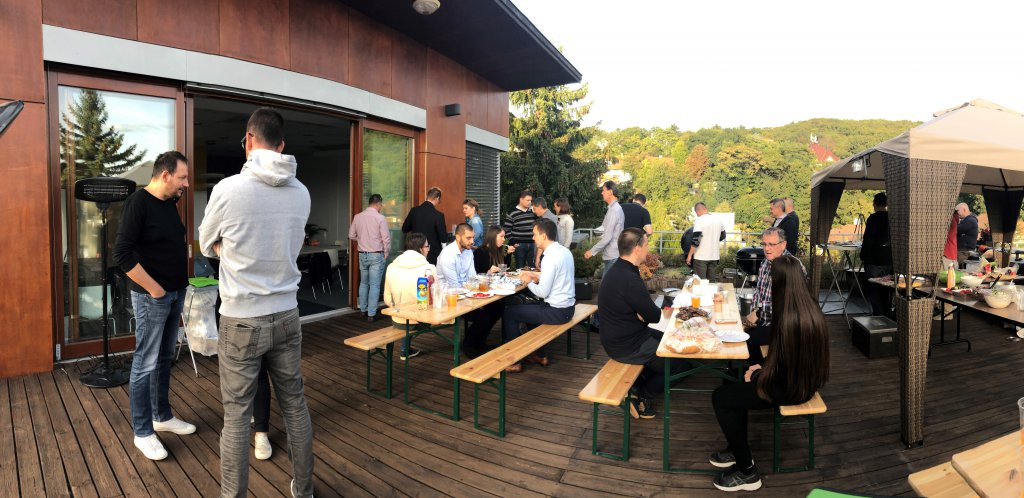Stratis rooftop party